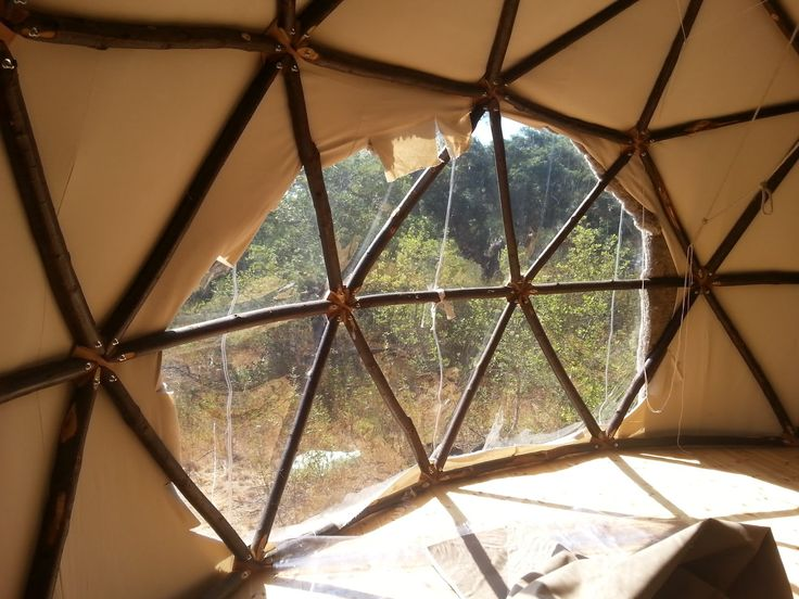 Constructeur de maisons rondes: Le Dôme Géodésique en bardage bois, en toile type Yourte, en salle d'activité, abri de jardin, serre, cabane