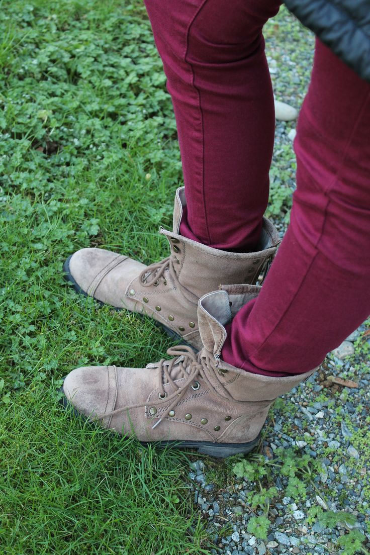 Women's Roxy Boots! Trends for winter: http://www.premiumlabel.ca/outlet/news/winter-gift-guide