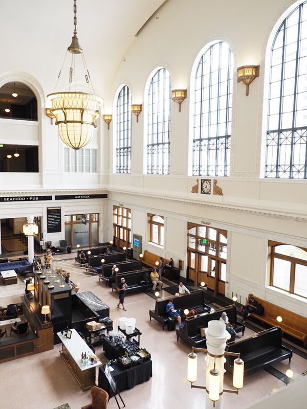 the cooper lounge at union station denver | via coco+kelley