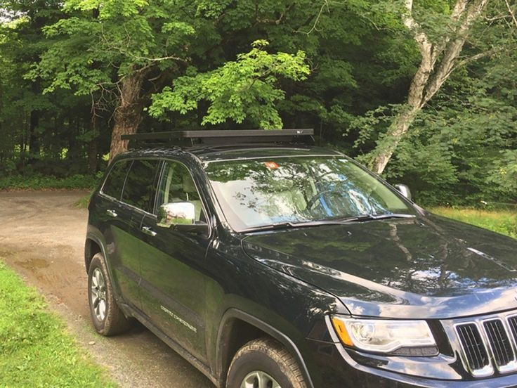 Jeep Grand Cherokee WK2 Roof Rack 2011+ (Full Cargo Rack Foot rail Mount) - Front Runner Slimline II