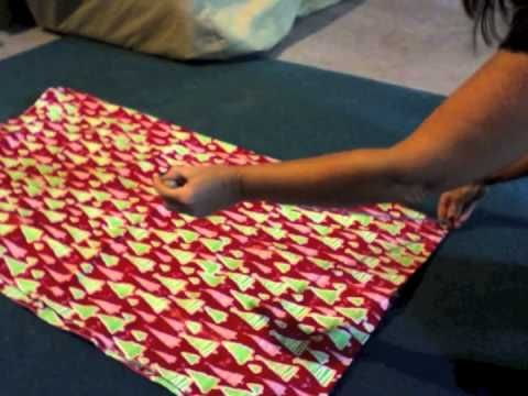 How to Make A Round Fitted Vinyl Tablecloth - so easy i might be able to do it myself!