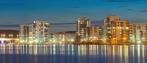 Jyväskylä on Yksi suurimmista kaupungeista.Jyväskylän koulu on yksi suosituimmista.Ja kun kuvasta näette,Jyväskylä on iso kaupunki.Kirjoittanut Eetu