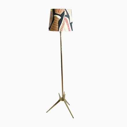 Vintage Schwedische Vintage Stehlampe mit Schirm im Sanderson Bezug Jetzt bestellen unter https