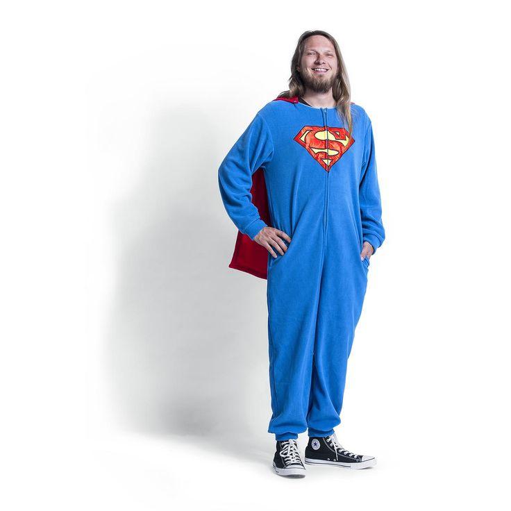 Tuta/pigiama overall di #Superman con mantello removibile.