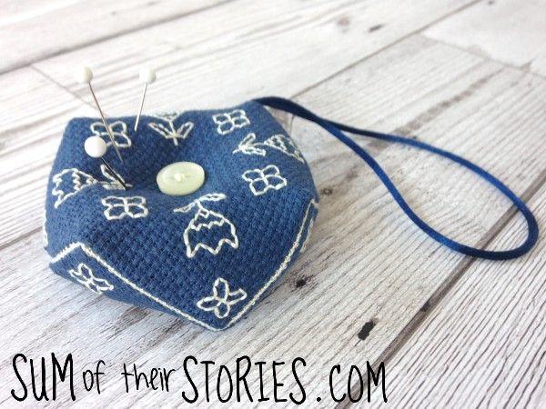 Embroidered Mini Biscornu - tutorial