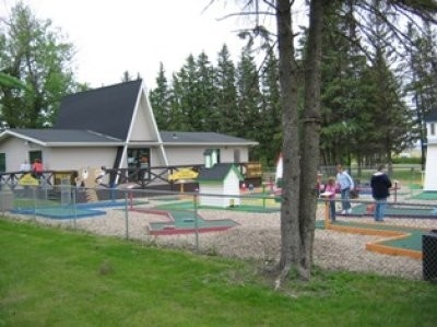 Melfort mini golf at Spruce Haven