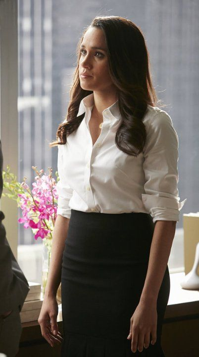 """""""Rachel"""" knows how to wear the white shirt"""