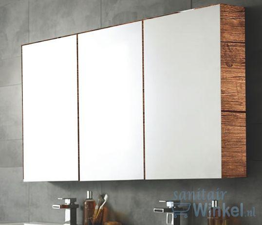 spiegelkast op antiek hout