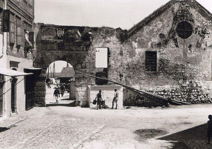 Χανιά, Η Πύλη και το Νεώριο. Fred Boissonnas - 1911 Πηγή: www.lifo.gr