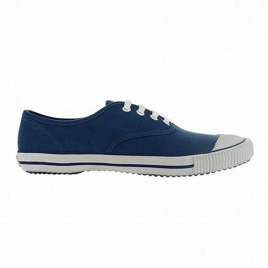¥8,600 1894年、チェコの東部に位置するズリーン州にてトーマス・バタが設立した、チェコ共和国発の『Bata』(バタ)。あまり聞き慣れないブランド名かもしれないが、1936年に学生向け運動靴として『Bata Tennis』(バタ テニス)を製造して以来、これまでに世界各国で5億足以上を売り上げている歴史あるクラシック・ロングセラーシューズだ。2014年には、バタ テニスの120周年記念スペシャルバージョンが限定発売。パリのコレットやドーバー ストリート マーケットなど世界のトレンドを発信するショップでも販売され話題になった。