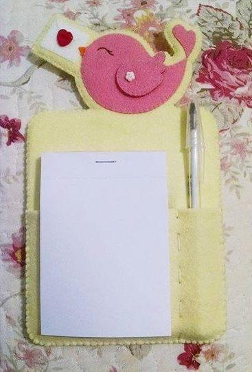 Cartamodello block notes in pannolenci o feltro con uccellino