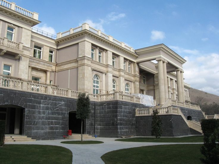 Putin's Palace on the Black Sea Cost over $1 Billion allegedly from improper use of state resources