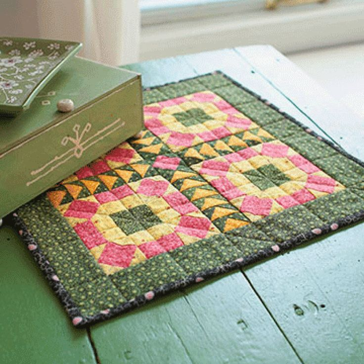 2357 best Quilt Mini and Small and Wall Hanging ... images ...