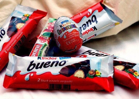 kinder chocolate ♥love it !!!!! My fav chocolate:)