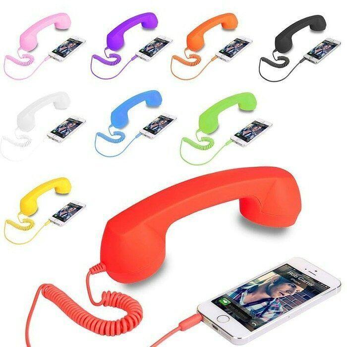 Cocophone  coco phone ( headset handsfree bentuk gagang telepon ) #cocophonemurah #cocophoneheadset  hy agan-agan sissta-sissta.. kini hadir cocophone !! JAUHKAN DIRI DARI RADIASI DAN TELINGA PANAS KENA HP.. - cocok banget buat yang hadiah ke emak2 yang suka telponan gosip lama2.. - cocok buat hadiah ke pacar yang baru2 jadian masih tiap malam telponan.. - cocok buat skype an d kantor.. ada tombol call dan putaran volumenya.. cara pakai : hanya colokan jack cocophone ke lubang handsfree dan…