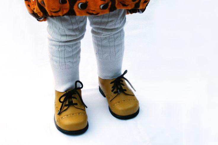 Käsintehdyt ja kotimaiset kengät <3