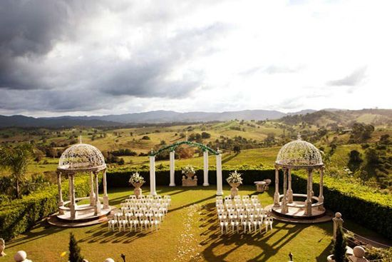 I love the gazebos at the ceremony site, family pictures could be taken while the bride and groom take theirs else where