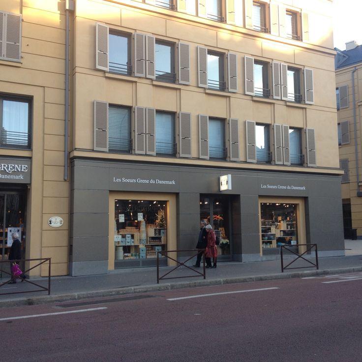 56 best boutiques images on pinterest boutique boutiques and clothing boutiques. Black Bedroom Furniture Sets. Home Design Ideas