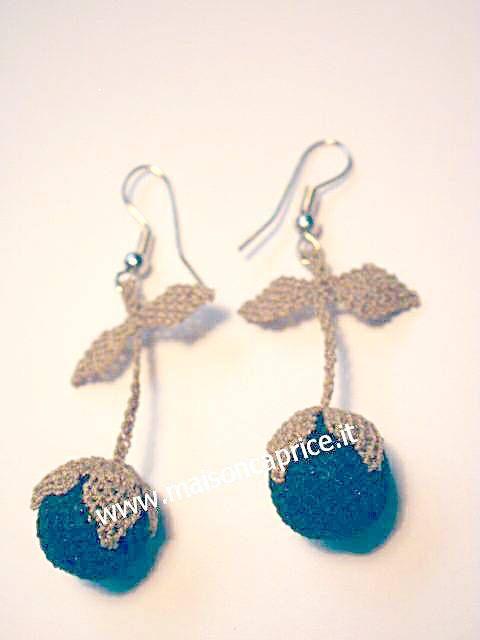 bellissimi orecchini in seta fatti a mano ad ago, beautiful silk earrings hand made € 24,00