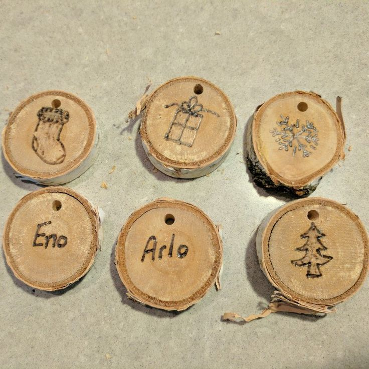 Some of the fun things you can make with the small birch slices. These are gift tags for my nephews' presents. Their parents can either reuse them, hang them on the tree, or use them as decor in the boys' rooms.