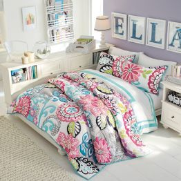Girls Bedroom Furniture & Girls Room Ideas PBteen