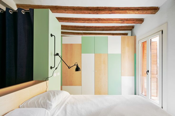 Bedroom by Cirera + Espinet