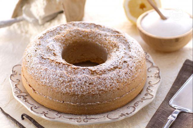 Il presto fatto è un dolce semplice e facile da preparare. Tanto bello quanto buono è ideale per la prima colazione e per la merenda dei bambini.