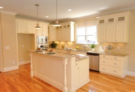 Hickory Floors With White Trim Would Do Cabinets Like