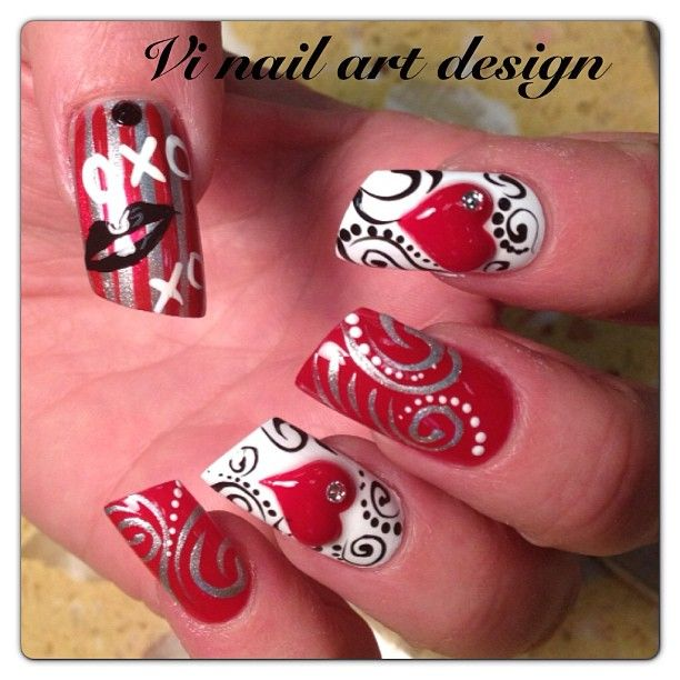 Red Heart - Valentine's nail art ♥