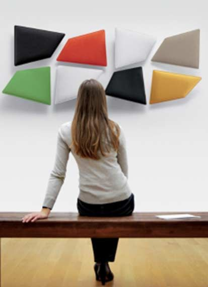 Flap panelen op de wand, een bijzonder 3D effect doordat de panelen gekanteld en gedraaid kunnen worden