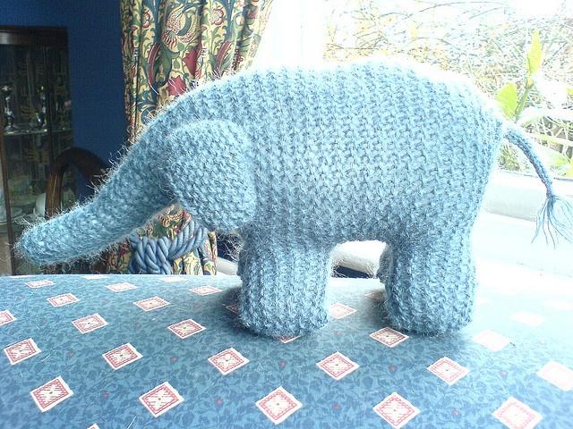 knit elephant