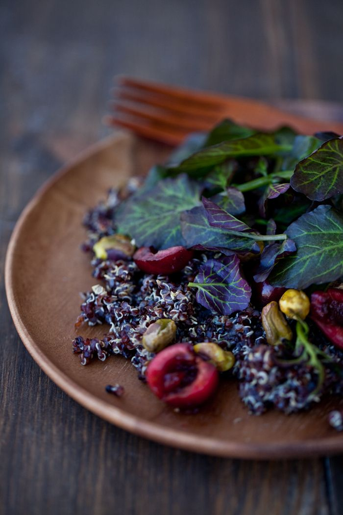 ❥ Black Quinoa Cherry Pistachio Salad