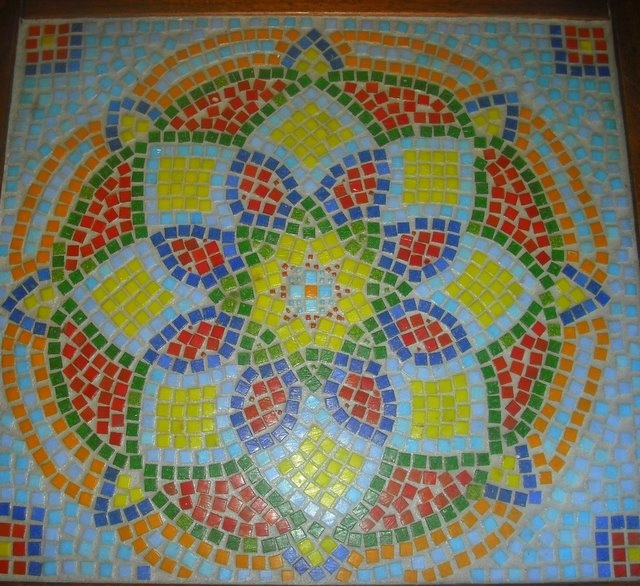 Mosaic kids crafts from household items and other stuff for Other uses for household items