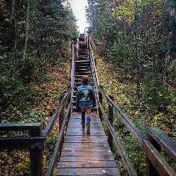 6 Amazing Trails in Manitoba, Canada Pisew Falls Provincial Park. #travelmanitoba #exploremanitoba #exploremb #autumnleaves #trailsmanitoba #cbcmb