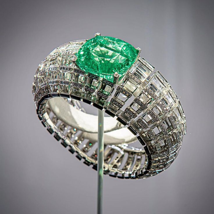"""""""An exquisite high jewelry bracelet, now on display in Singapore.#Cartier"""""""