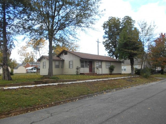 Cute 2 Bedroom 2 Bath Remodeled House Fresh Paint And Fresh