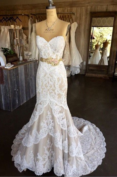 White Lace Wedding Dresses,Mermaid Wedding Gown,Strapless Wedding Gowns,Sweetheart Lace Bridal Dress,Sexy Brides Dress,Vintage Wedding Gowns,N128