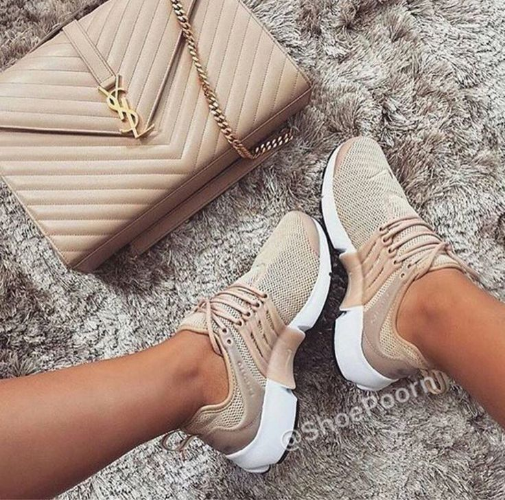 Find More at => http://feedproxy.google.com/~r/amazingoutfits/~3/AW_xiXU2ml0/AmazingOutfits.page