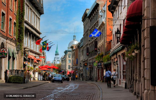 how to go to old montreal