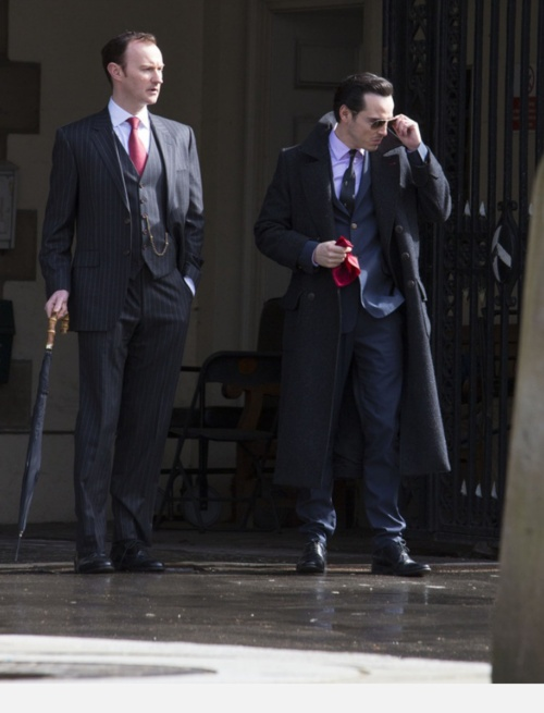 """This is scaring me! What the...? Mycroft and Moriarty. That brings a number of questions: one, is Moriarty NOT dead, too? Two, what is Mycroft doing fraternizing with the person who """"killed"""" his brother? Three, is that SHERLOCK'S  COAT Moriarty is wearing?! OMG, he stole his coat! That's just so mean!"""" <<--- this entire comment was EXACTLY what went through my head"""