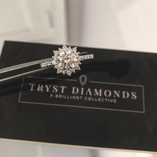 Snowflake engagement ring. 1.15 carat G VS2