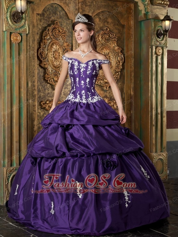 357 best Quiceanera Dresses images on Pinterest | Sweet dress ...