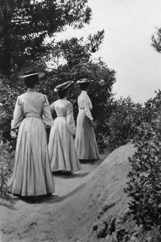 Hiking Mount Lowe in 1902