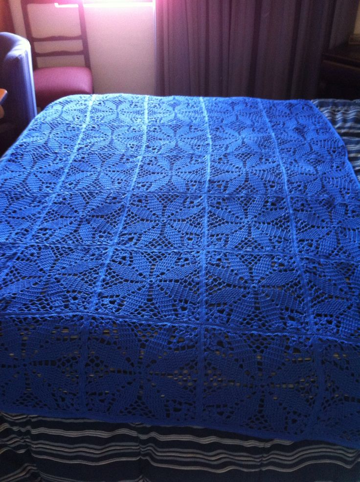 Pie cera a crochet azul rey