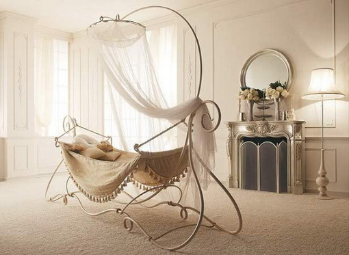 Unique curvy bed, very elegant and different <3 | Just Love It ...