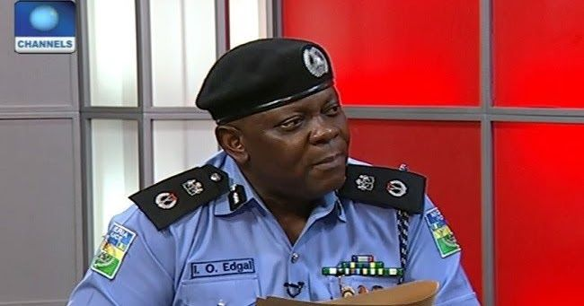 Cultism Akwa Ibom Police Commissioner Dismisses Constable For Cultism Https 1 Bp Blogspot Com Ay49uwpiwhi Xuouk U Public Relations Police Top News Stories