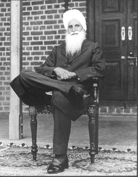 """""""A travel of one single inch within is better than a trip round the globe"""" ~Baba Sawan Singh Ji"""