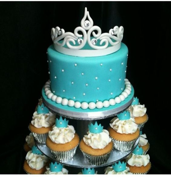 Cake Design For Debut : 1000+ images about Debut Cake on Pinterest Wedding cakes ...