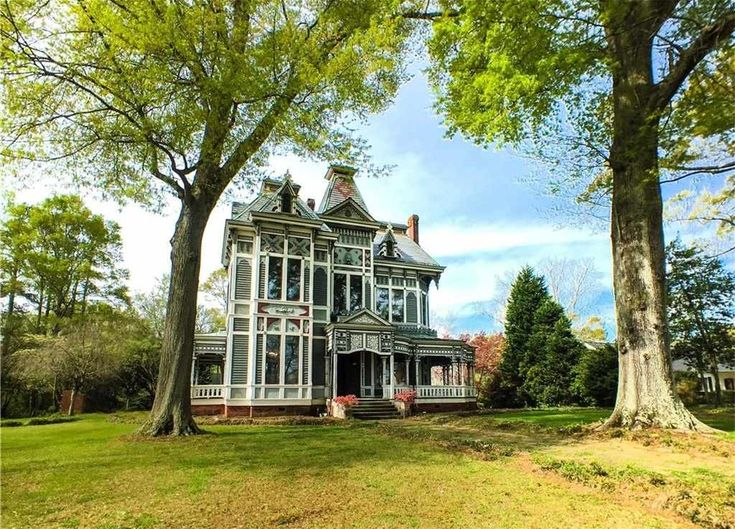 269 best images about for sale abandoned castles for Large victorian homes for sale