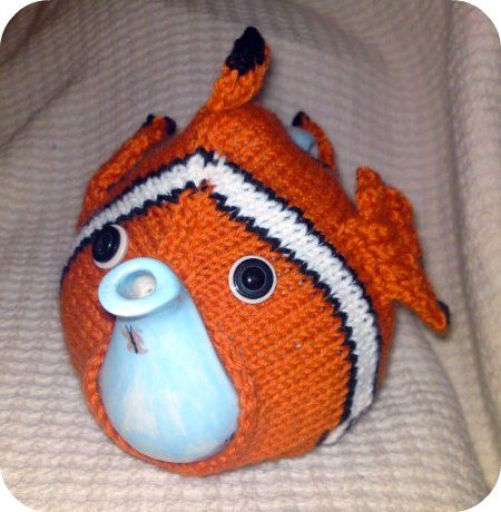 Free Knitting Pattern - Cozies: Nemo Tea Cosy. I have an orange teapot this would be perfect